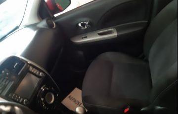 Nissan March SL 1.6 16V Flex - Foto #8