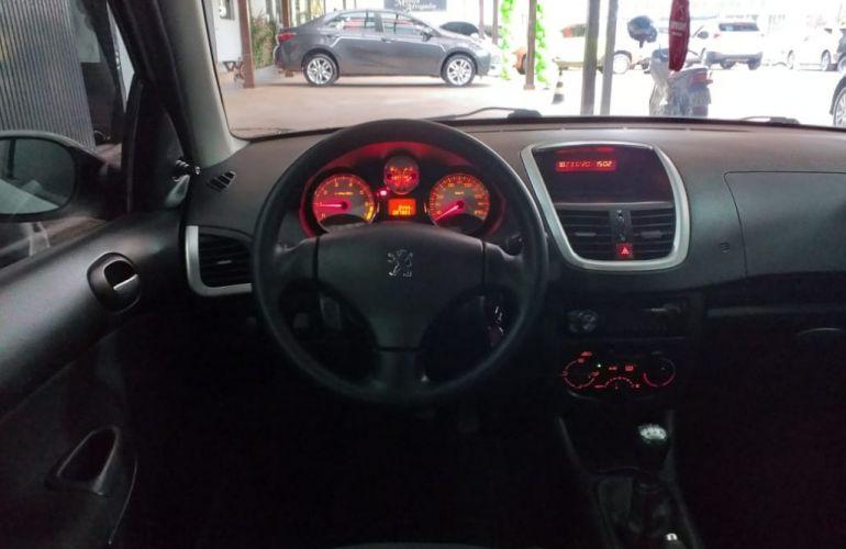 Peugeot 207 Hatch XR 1.4 8V (flex) 4p - Foto #9