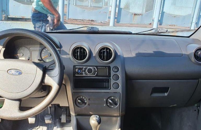 Ford Fiesta 1.0 MPi Personnalité 8v - Foto #5