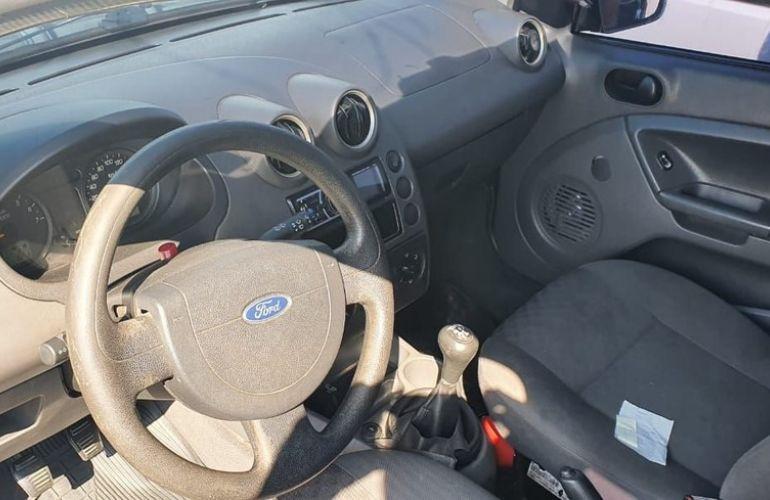 Ford Fiesta 1.0 MPi Personnalité 8v - Foto #6