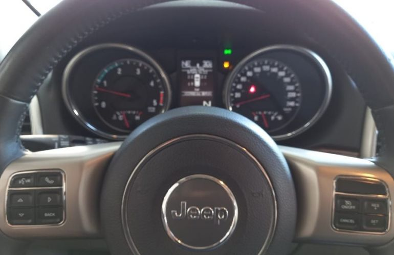 Jeep Grand Cherokee 3.0 Limited 4x4 V6 24v Turbo - Foto #10