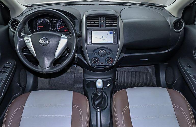 Nissan Versa 1.6 SV 16v - Foto #6