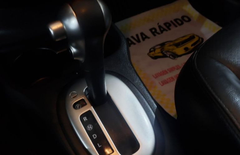 Nissan Versa 1.6 16V Flexstart Unique - Foto #10