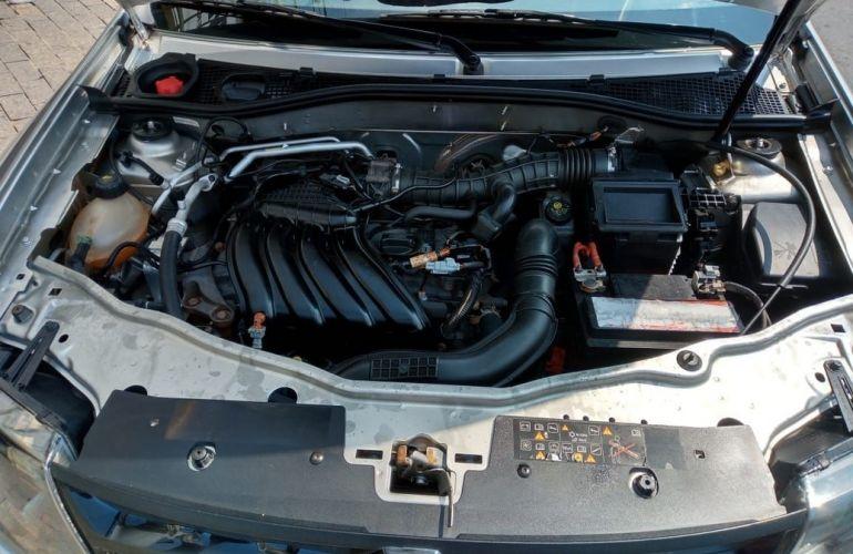 Renault Duster 1.6 Expression 4x2 16v - Foto #9