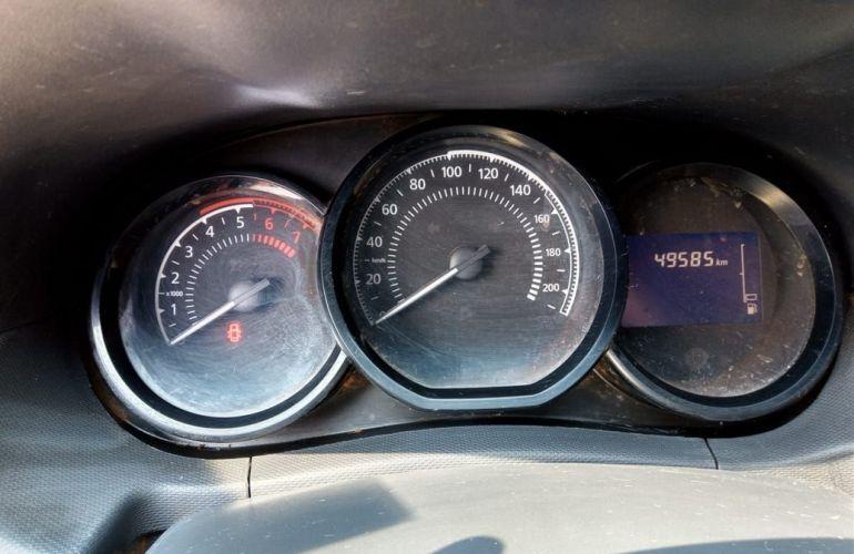 Renault Duster 1.6 Expression 4x2 16v - Foto #10