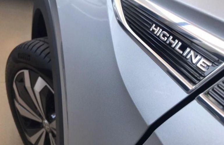 Volkswagen T-cross 1.4 250 TSi Highline - Foto #10
