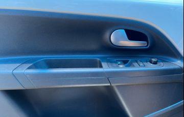 Volkswagen Up! 1.0 12v E-Flex high up! I-Motion - Foto #9