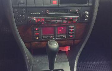 Audi A6 2.8 V6 12V - Foto #3