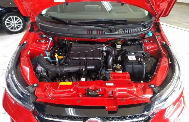 Fiat Cronos 1.8 E.torq Precision - Foto #8