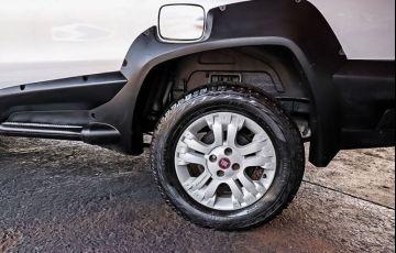Fiat Strada 1.8 MPi Adventure Locker CE 8v - Foto #8