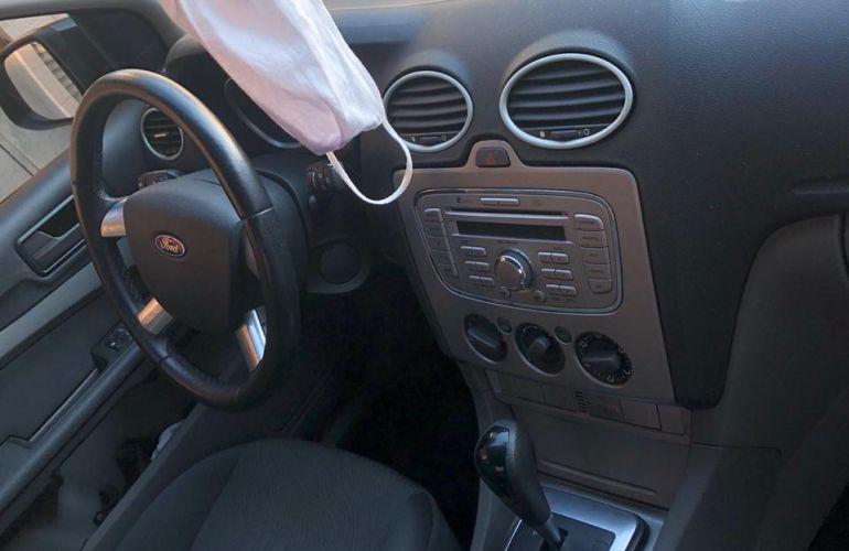 Ford Focus Sedan GLX 2.0 16V (Flex) (Aut) - Foto #4