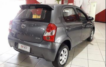 Toyota Etios 1.5 Xs 16v - Foto #5