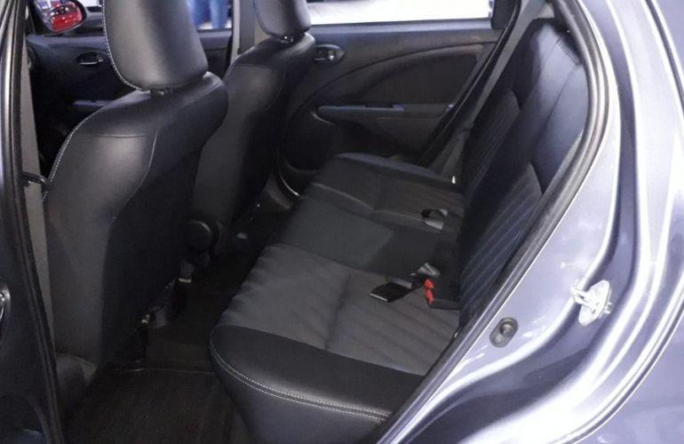 Toyota Etios 1.5 Xs 16v - Foto #10