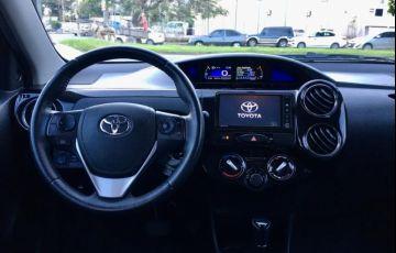 Volkswagen Fox 1.0 Mi Trend 8v - Foto #9