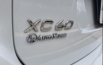 Volvo Xc60 2.0 T5 Kinetic - Foto #2