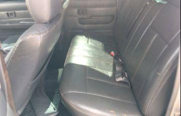 Toyota Hilux SRV 4x4 3.0 (cab. dupla)