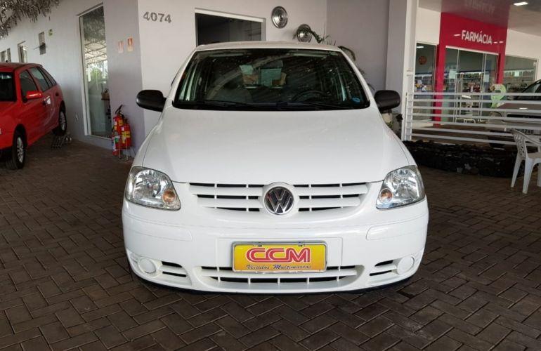 Volkswagen Fox Plus 1.6 8V - Foto #1