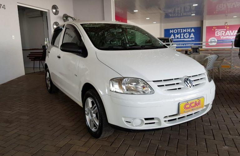 Volkswagen Fox Plus 1.6 8V - Foto #2