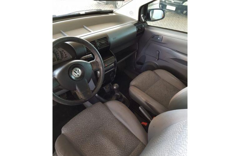 Volkswagen Fox Plus 1.6 8V - Foto #8