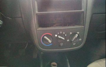 Chevrolet Corsa 1.0 MPFi Maxx 8v - Foto #10