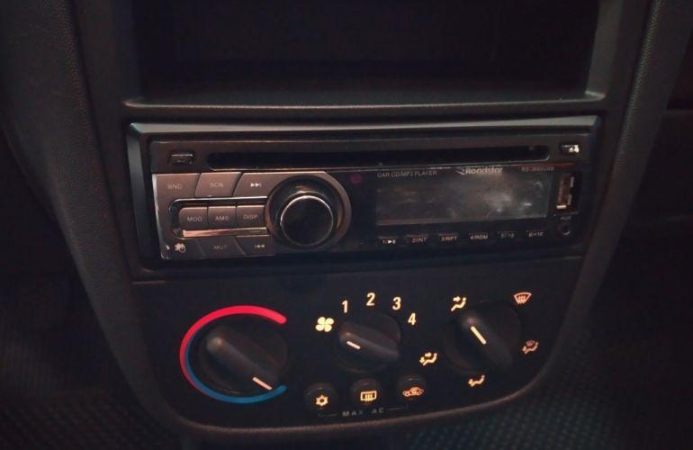 Chevrolet Corsa Hatch Maxx 1.4 (Flex) - Foto #7
