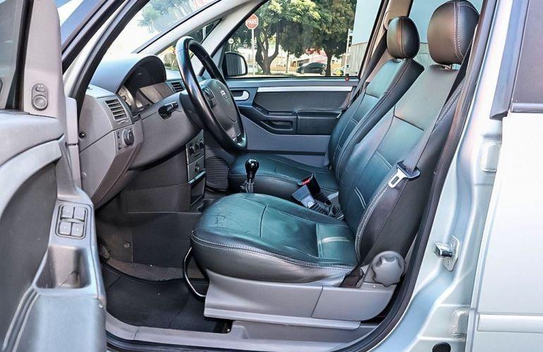 Chevrolet Meriva 1.8 MPFi Premium 8v - Foto #4
