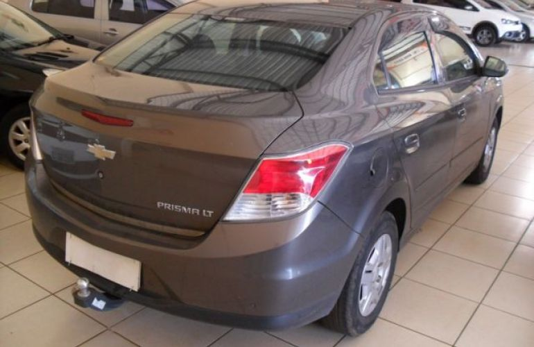 Chevrolet Prisma LT 1.0 SPE/4 8V Flex - Foto #9