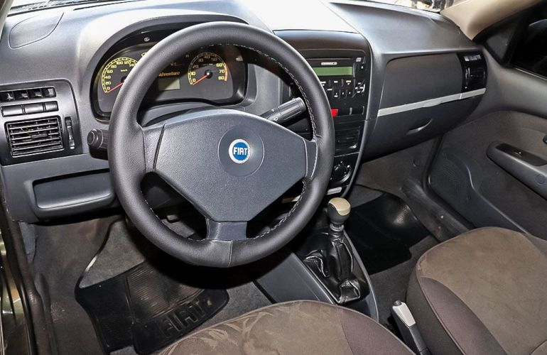 Fiat Strada 1.8 MPi Adventure CE 8v - Foto #5