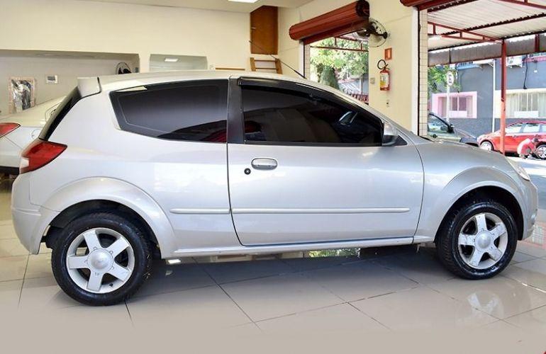Ford Ka 1.6 MPi 8v - Foto #2