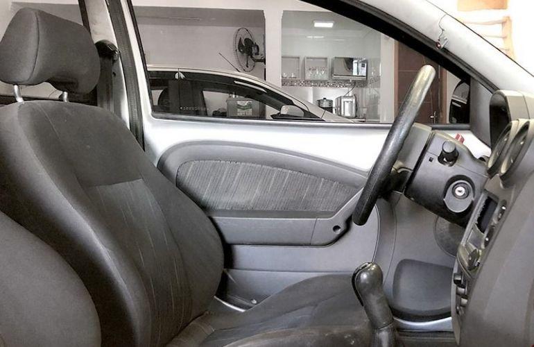 Ford Ka 1.6 MPi 8v - Foto #4