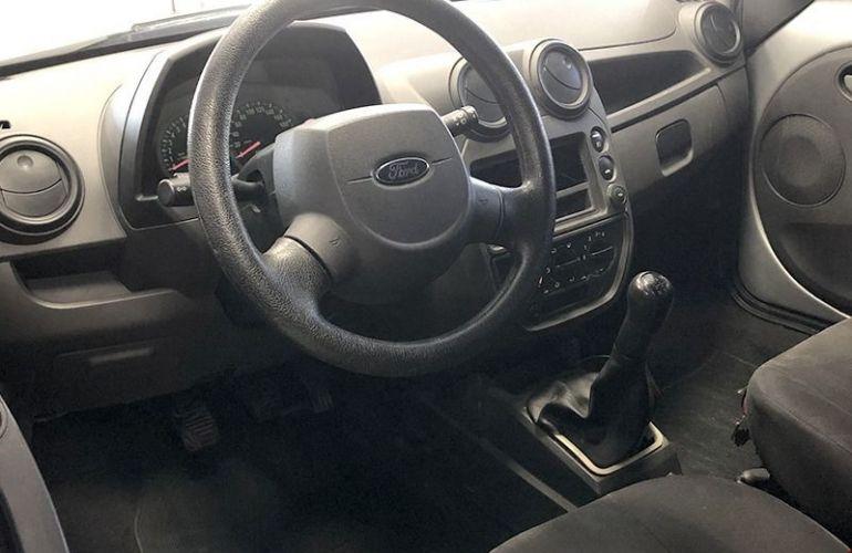 Ford Ka 1.6 MPi 8v - Foto #6