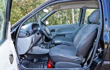 Renault Clio 1.0 16v - Foto #4