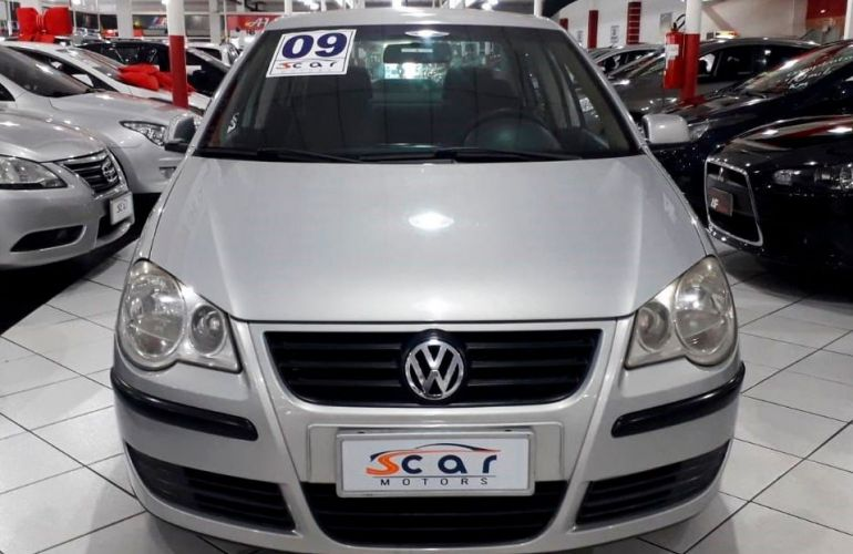 Volkswagen Polo Sedan 1.6 Mi 8v - Foto #2
