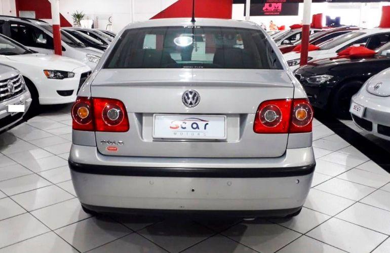 Volkswagen Polo Sedan 1.6 Mi 8v - Foto #5