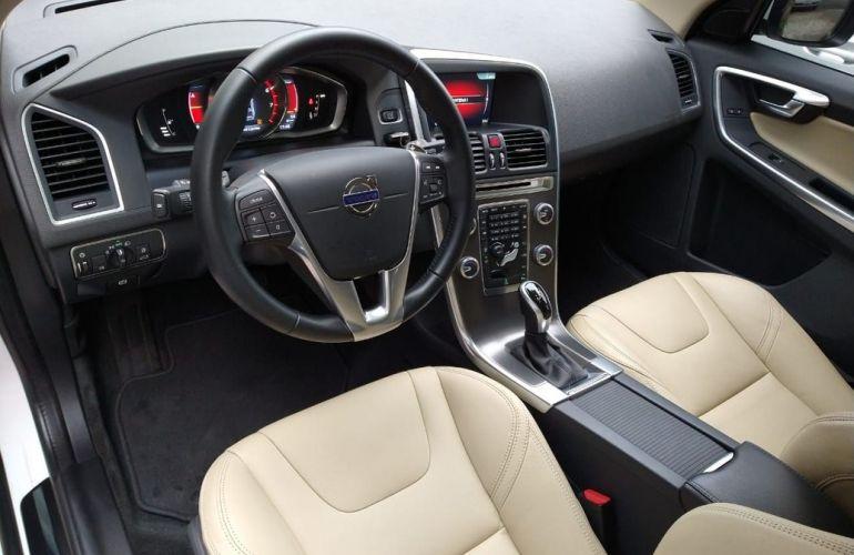 Volvo Xc60 2.0 T5 Momentum - Foto #8