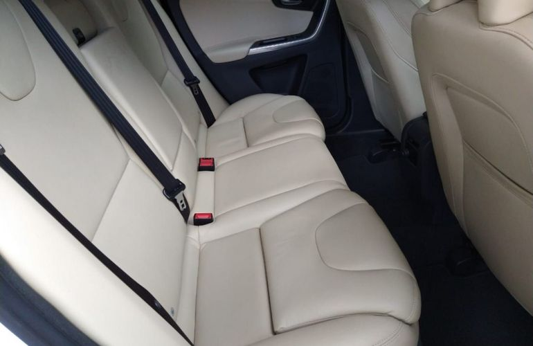 Volvo Xc60 2.0 T5 Momentum - Foto #9