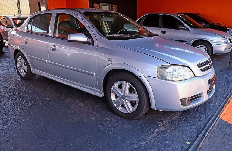 Chevrolet Astra 2.0 MPFi Sedan 8v - Foto #2