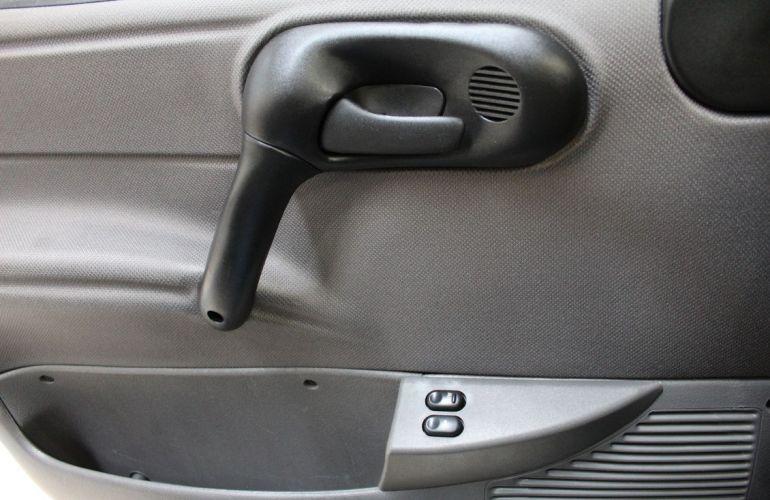 Chevrolet Classic 1.0 MPFi LS 8v - Foto #10