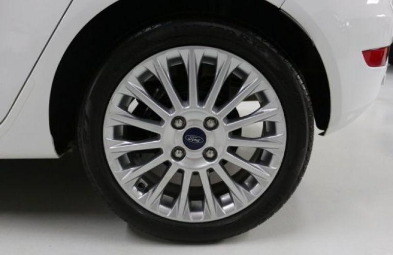 Ford Fiesta Sedan SE 1.6 - Foto #10