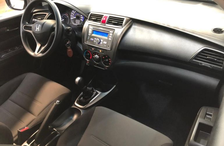 Honda City 1.5 Sport 16v - Foto #6