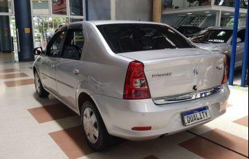 Renault Logan 1.6 Expression 8v - Foto #4