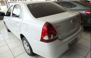 Toyota Etios Sedan X-AT 1.5 16V Flex - Foto #3