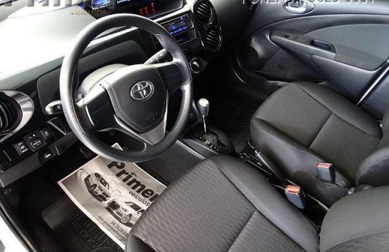 Toyota Etios Sedan X-AT 1.5 16V Flex - Foto #6