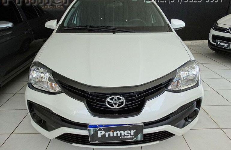 Toyota Etios Sedan X-AT 1.5 16V Flex - Foto #10