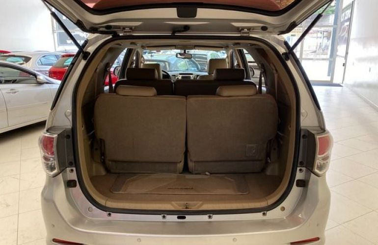 Toyota Hilux SW4 SRV 4X4 7 Lugares 3.0 Turbo Intercooler 16V - Foto #9