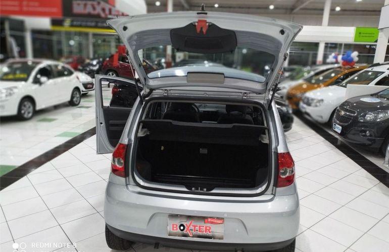 Volkswagen Fox 1.0 Mi Trend 8v - Foto #4