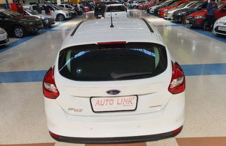 Ford Focus 1.6 SE 16v - Foto #5