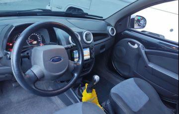 Ford Ka 1.0 MPi 8v - Foto #4