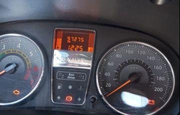 Renault Clio 1.0 Expression 16v - Foto #5
