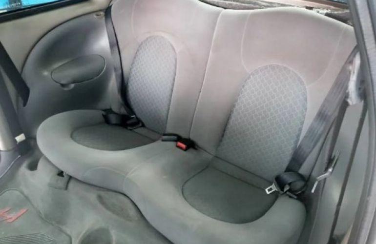 Ford Ka GL 1.0 MPi - Foto #6